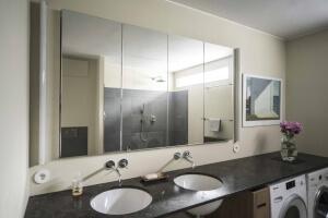 Moderne functionele badkamer