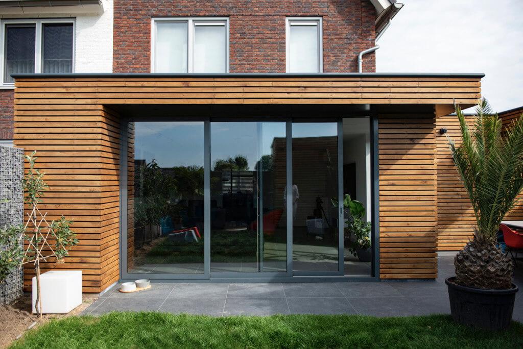 Verbouwing van een nieuw huis uitbouw woonkamer