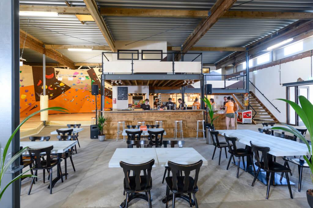 circulaire herbestemming bedrijfshal tot boulderhal Bossche Boulders bar